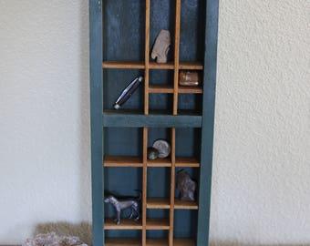Vintage Nic-Nac shelf (shelf only)