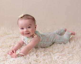 Vintage mint lace rompers/newborn photo props/Lace newborn rompers set/Newborn bracelet/Newborn tieback