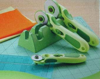 Clover Rotary Cutter Cradle by Nancy Zieman # 7534 Holds 3 Cutters