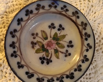 Small  Porcelain Decorative Plate.