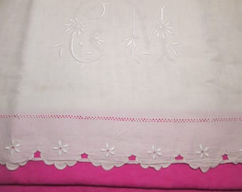 Beautiful scalloped and embroidered, linen Monogram CM sheet