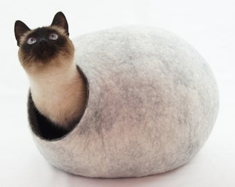 Cat bed, house, cave. Size S (Small). Natural felted sheep wool. Color snow grey. Made by kivikis.