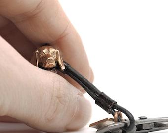 Vakkancs Beagle 3D bronze keychain