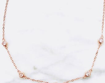 Delicate rose gold drop choker