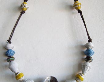 Egg necklace with Pearl paper