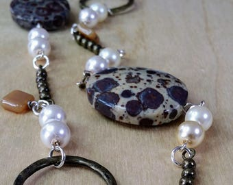 Chain Link Loops Dinosaur Jasper & Faux Pearls