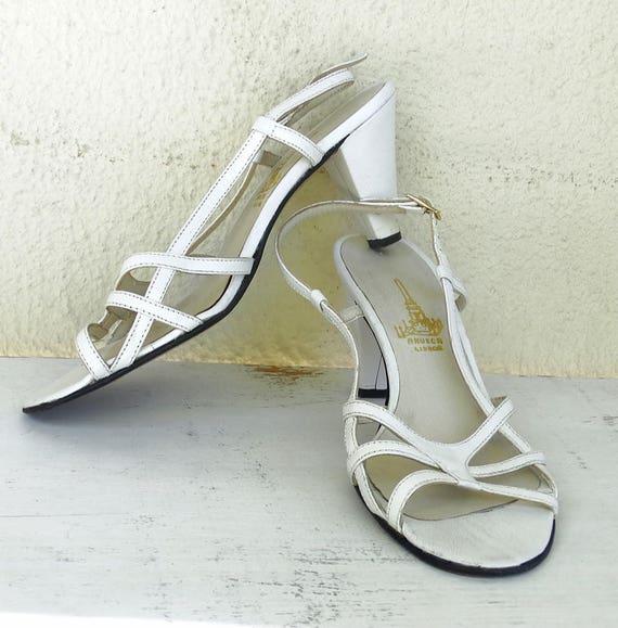 71c914ab837f2 slingbacks Vintage white size sandals Womens 6 leather 80s toe high ...