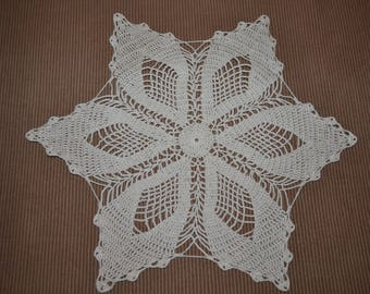 Handmade new. Doily ecru 36 cm, crocheted with fine cotton