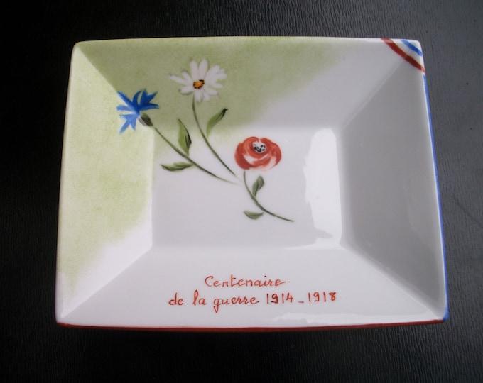 small trinket / handpainted on porcelain /souvenir / War / Patriotic