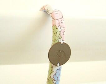 Crochet tissu vintage Baies Pastel / Rose Bleu Vert / Patère Fille Femme Chambre Salle de bain Peignoir Serviettes Pyjama Bijoux / CRO9