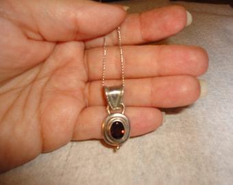 20% OFF Vintage  Sterling Garnet Pendent Necklace - red - garnets  - Vintage - silver - Jewelry - estate