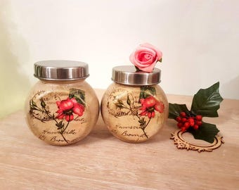 Shabby chic set of two jars with lid