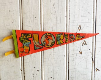 Pre-Disney World Florida Souvenir Pennant - Alligator, Oranges, Bathing Beauty - Mid-Century 1960s Paper Felt Pennant - Vintage Camper Decor