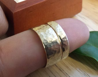 3mm 3.5mm 4mm 4.5mm 5mm 5.5mm 6mm 7mm 8mm , Engravable ladies or mens wedding band , can be personalized, 14kt yellow gold polished hammered
