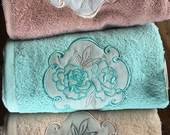 Hand and face towel