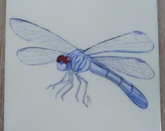 Dragonfly design tile