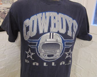 Size L (44) **Dated 1995 Dallas Cowboys Shirt (Single Sided)