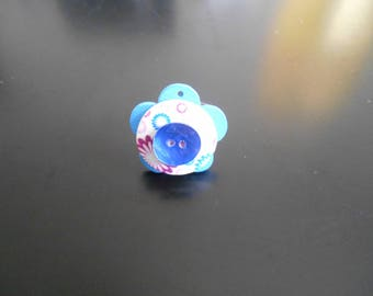 Purple and blue flowers ring