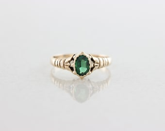 10k Yellow Gold Green Tsavorite Garnet Ring Size 6 Antique Victorian Ring