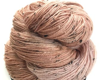 "Donegal tweed yarn, hand dyed, fingering weight, 438 yds, 2 ply, soft pink, ""Etain"",  BFL and nylon blend"