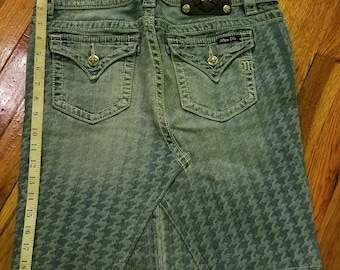 Miss Me Denim Jean Skirt Hounds Tooth Size 29 (8-10)