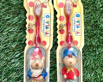 Vintage Noddy and Big ears toothbrush with clip on figurine