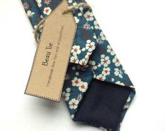 Floral tie, Mens ties, mens skinny tie, floral skinny tie, Liberty skinny tie, blue skinny tie, men's floral tie