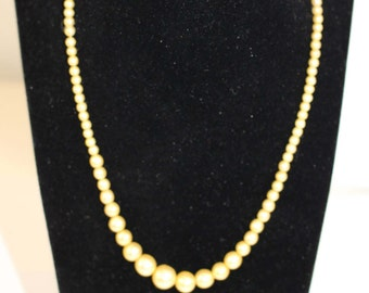 Vintage Pearl Necklace, Faux Pearl Necklace, Costume Jewellery, 40's Style Necklace,