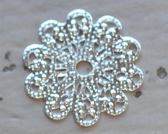 Set of 6 Silver Filigree Lace Scalloped Flower piece 17mm connector