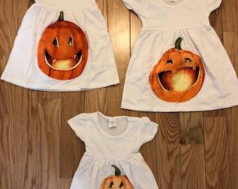 Pumpkin dresses 12-18 months  / 2t