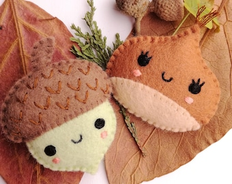 Felt PDF sewing pattern - Acorn and Chestnut. Cute felt brooches, fall / autumn accessory, DIY sewing project