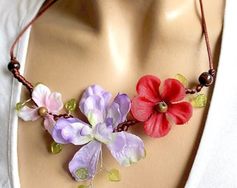Necklace three Brown satin flowers