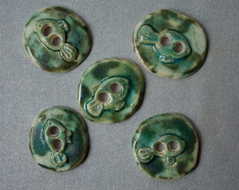 5 beauty green ceramic buttons with fish