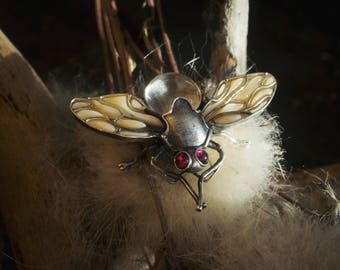 Sterling Silver Brooch Fly. Brooch Bugs With Mother of Pearl, Rock Crystal And Garnets. Avaible To Order.