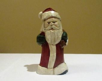 Santa with Sack on Left Shoulder