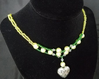 green bead pearl necklace