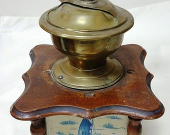 Dutch Vintage Coffee Grinder,antique coffee Mill. Moulin à café Ancien, Early  1940s'