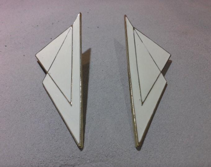 Vintage Huge Modernist Lightening Bolt Geometric Cubist Retro Off White Enamel & Gold Tone Stud Earrings