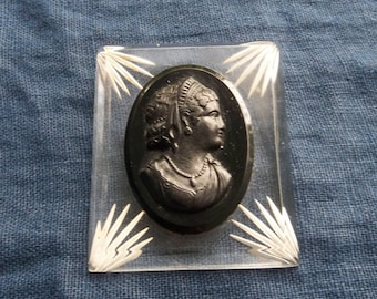 Antique Cameo Mourning Brooch Vintage Lucite Cameo Bakelite Cameo Brooch Vintage Jewelry Brooch Pin Estate Jewlery Bakelite Pin Black Cameo