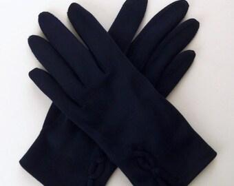 Vintage 60's Women's Gloves Navy Blue Nylon with Wrist Design Size 6 / 6.5