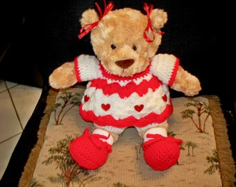 Red and White Valentines Day crochet outfit