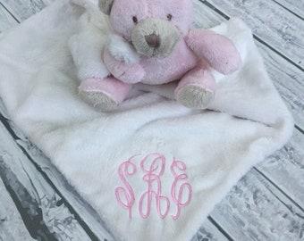 Monogrammed Lovey, monogram lovey, monogram lovie, monogrammed lovie, comfort item, security blanket, minky lovey, minky lovie, baby gift