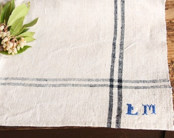 D 133:  handloomed linen antique charming TOWEL napkin LAUNDERED EASTER Spring decoration 리넨