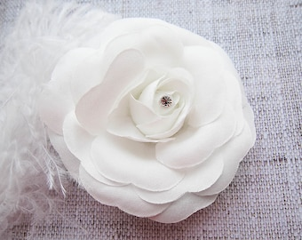 White Wedding hair clip Rose hair clip bridal hair clip wedding hairpiece Wedding Hair Accessory Bride flower clip Bridal flower hairclip