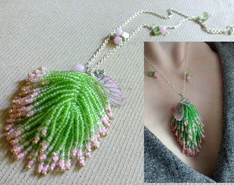 Tail tassel necklace beaded, pendant tail, green pendant boho, tassel jewelry, beaded tail necklace, boho necklace, green necklace