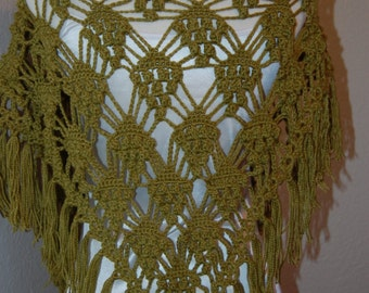 Woman's Crochet Shawl Clusters Green Gold Merino Bamboo Yarn with pin