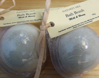 Bath Bomb **Milk & Honey**