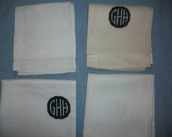 4 Vintage Hand Towels - Fingertip Towels - 1920s - Damask Towels