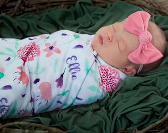 Personalized Swaddle Blanket - Rosa Wildflower – Personalized Swaddle Blanket / Baby Name Blanket