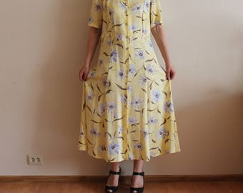 Vintage Dress Women's 80s Dress Summer Dress Floral Print Maxi Dress Short Sleeve Button Up Padded Shoulders Dress  Extra Large Size